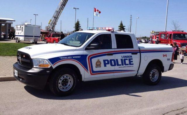 太狠!加拿大警方决定公开嫖客资料和照片,还会第一时间通知其家人! | 加国地产资讯 -第4张